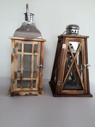Jardín de estilo campestre tradicional portavelas de vidrio y madera mayorista Linterna colgada Linterna tormenta