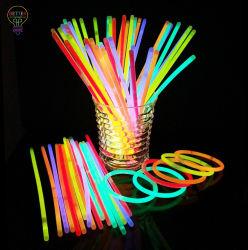 Lichte Stokken voor de Halsbanden en de Armbanden van de Gloed van de Partij van het Neon