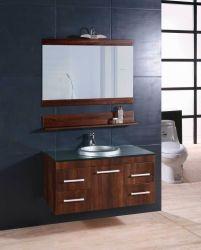 Выбейте вниз в ванной комнате туалетный столик с зеркалом лампы