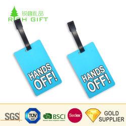 Comercio al por mayor China Custom de tamaño estándar de impresión colorida barato PVC caucho etiquetas de equipaje para viajes