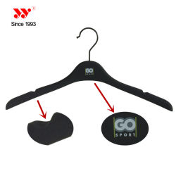 Custom Brand No Slip Plastic Clothes Hangers