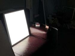 프레임리스 하이 루멘 36W 40W 600 * 600 오피스 실내 LED 패널 가벼운 PMMA LGP