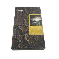Oro negro y camisa de caja de embalaje de cartón plano