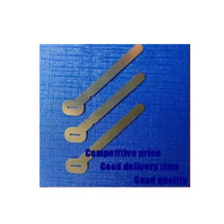 Metall, das Computer-Batterieverbinder stempelt