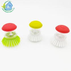 Пластиковый дозатор мыла на кухне с помощью щетки для очистки тарелки 3106