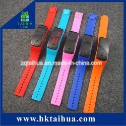 LED de sports Watch Bracelet en silicone avec écran tactile de bande
