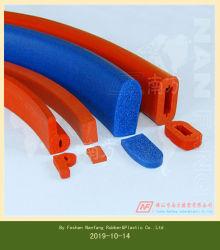 Custom резиновую губку уплотнительных реек