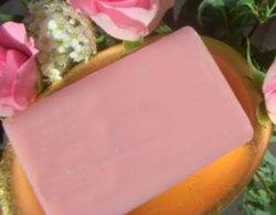 Beauty Soap avec de jolies fleurs parfumées