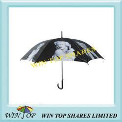 흑백 사진 우산