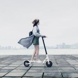 8.5 Duim Twee Wiel dat de Elektrische Autoped van de Schop voor Volwassenen vouwt