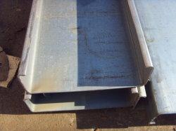 電流を通されたUのビーム鋼鉄Uチャンネルの構造スチールの母屋CチャネルC Profil Cの母屋