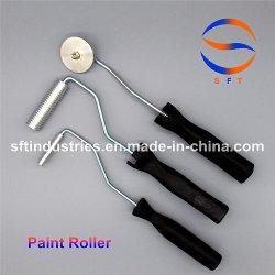 FRPはFRPの積層物のためのペンキローラーに用具を使う