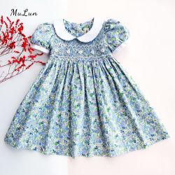 Vente chaude Fleur Sundress décontracté à bretelles rétro Enfants Vêtements Enfants Robe florale Bébé