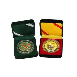 Moneta raccoglibile della medaglia di sport placcata oro d'ottone su ordine di fascino dell'oro di alta qualità euro mini con l'anniversario di cerimonia nuziale di Pin del distintivo dei regali di natale della scatola di presentazione