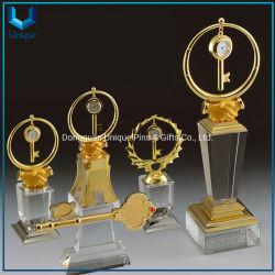 Personalizar el cristal de alta calidad artesanía para premios, el trofeo de cristal con Llavero de metal y reloj para decorar la boda, Oporate, Negocios, recuerdos de graduación