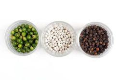 高品質の自然な黒胡椒および白いコショウ