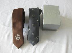 Tinte de hilo de la moda corbatas logotipo tejido con caja de regalo