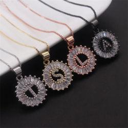 Collana di vendita calda Pendant del rame della pietra di Zircon del rame dell'oro dei monili del diamante riempita oro iniziale di alfabeto di a-Z della collana unisex