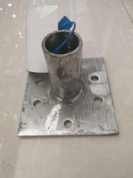 Bodenplatte/U-Kopf aus verzinktem Gerüstrohr