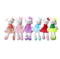 Bambola farcita molle all'ingrosso dell'abbraccio della peluche del giocattolo della bamboletta