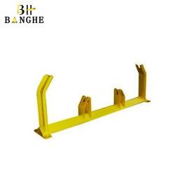 電流を通された鋼鉄はたらいのベルト・コンベヤーのアイドラーローラーサポートフレームを運ぶ