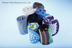 Eco Friendly jetables de haute qualité en coton Fashion Homme Femme Enfants heureux personnalisé Chaussettes de sport bas de gros antidérapant