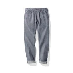 A fábrica de jeans cinza couro genuíno Patches Selvege calça jeans
