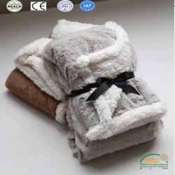 Couleur Pure double couche de couverture en laine polaire chaud pour les animaux de compagnie