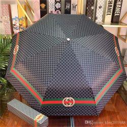 2020 nieuwe Groothandel en detailhandel populaire Designers stijl van hoge kwaliteit Paraplu Top Merken Kleur mengen Luxurys Rain Gear met de Doos