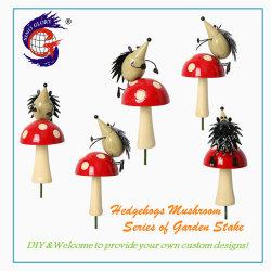 Decorazione Di Casa Di Ferro Figurine Di Metallo Di Hedgehogs Stand Stakes Di Funghi All'Aperto Per Il Palo Da Giardino