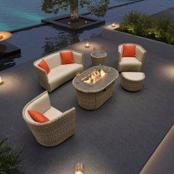 L'Extérieur moderne vente de meubles de jardin en osier avec le feu la table de vie en plein air