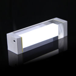 Óptica personalizada reflejando holográfica láser de vidrio prisma para