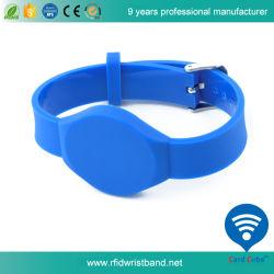 prix d'usine Ntag213 PVC de couleur différente de la RFID bracelet étanche