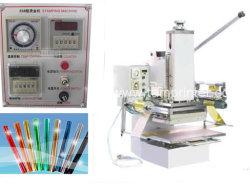 De hand Hete Stempelmachine van de Folie voor het In reliëf maken van de Kaart van het Leer