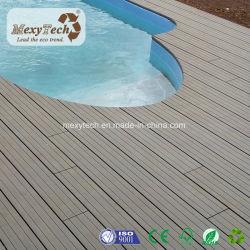 広東省の工場プールのためのプラスチック合成の屋外の木製の穀物WPCのDecking