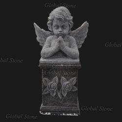 يد خارجيّة ينحت صوان رخام طفلة ملاك تمثال لأنّ عمليّة بيع