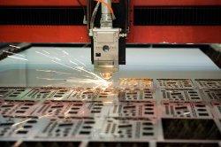 Feuille de Métal de pièces de fabrication de processus de découpe laser Service