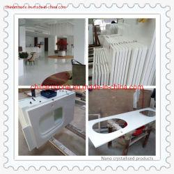 Panneau de verre cristallisé blanc et le carrelage de comptoir