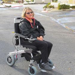 E-handicapés en fauteuil roulant électrique du trône E Scootor Scootor, désactivé