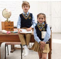 Studente Eenvormig met Rok voor de Meisjes van de Kleuterschool/van de Lage school