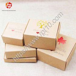 제조자에 의하여 재생되는 주문 로고 간장 잉크 소매 제품 자연적인 재생된 브라운 Kraft 종이 선물 패킹 포장 판지 상자를 인쇄해 1명의 측