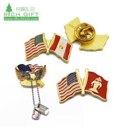 Economico Commercio all'ingrosso magnetico Hard Flag lapel pin Hat Arabia Saudita Spilla Sport Football personalizzata esclusiva spilla morbida in smalto con Catena