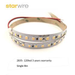 Un bac souple 12V/24V 120LED/M SMD3528 2835 Bande LED lumineux pour LED de lumière linéaire