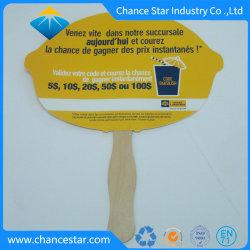 Promotie Hand - de gehouden Handbediende Ventilator van het Document met Houten Handvat