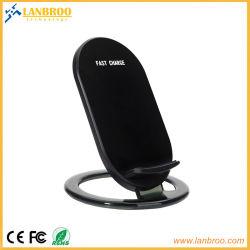上OEMの/Apple人間の特徴をもつIphones中国の製造業者のための無線携帯電話の速い充電器の立場サポート10With7.5With5W