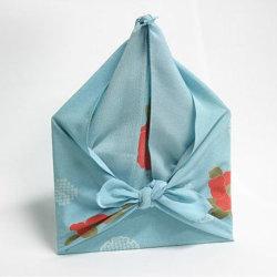 La promotion de 100 % coton/polyester Tissu crêpe/Ant Imprimé classique Paisley Square Outdoor coiffure Furoshiki multifonction