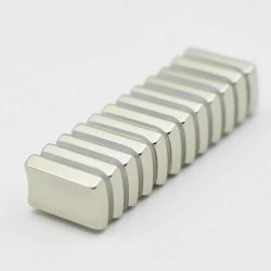 مغناطيس قوس N45h NDFeB Or18mm Xir14mmmxt30mmmx45deg NDFeB
