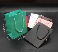 Mesdames recyclé transporteur Noir/Blanc/marron/vert/art/Kraft/sac de papier couché Sac shopping sac de cadeaux à l'emballage sac sac d'emballage pour les vêtements et vêtements/don