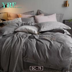 Pujiang の寝具の南アメリカのポリエステルキルトは 2 層の PVC 袋に入れる