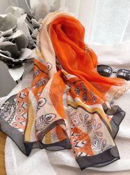 Conception personnalisée Foulard en mousseline de soie avec le logo du client